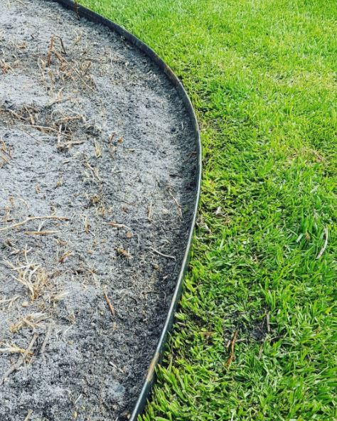 Corten staal grasrand