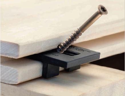 Hardwood-clip-zoom